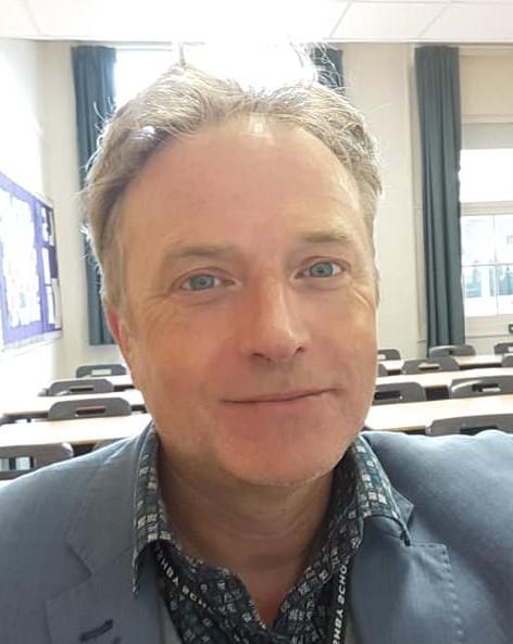 Mr Martin Ward