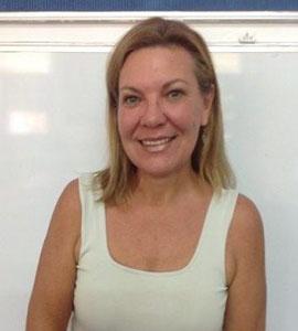 Mrs Yolande Smit